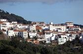 Vit tvättade andalusiska byn gaucin, spanien — Stockfoto