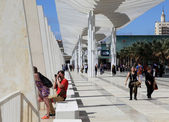 Promenade with a pergola at Muelle Uno in the port of Malaga, Andalusia Spain — Stock Photo