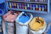 Colors for sale in the medina of Chefchaouen, Morocco — Stock Photo