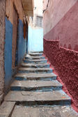Narrow street in the medina of Tangier, Morocco — Stock Photo