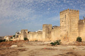 Fortified wall over the old town of Fes, Morocco, North Africa — Stock Photo