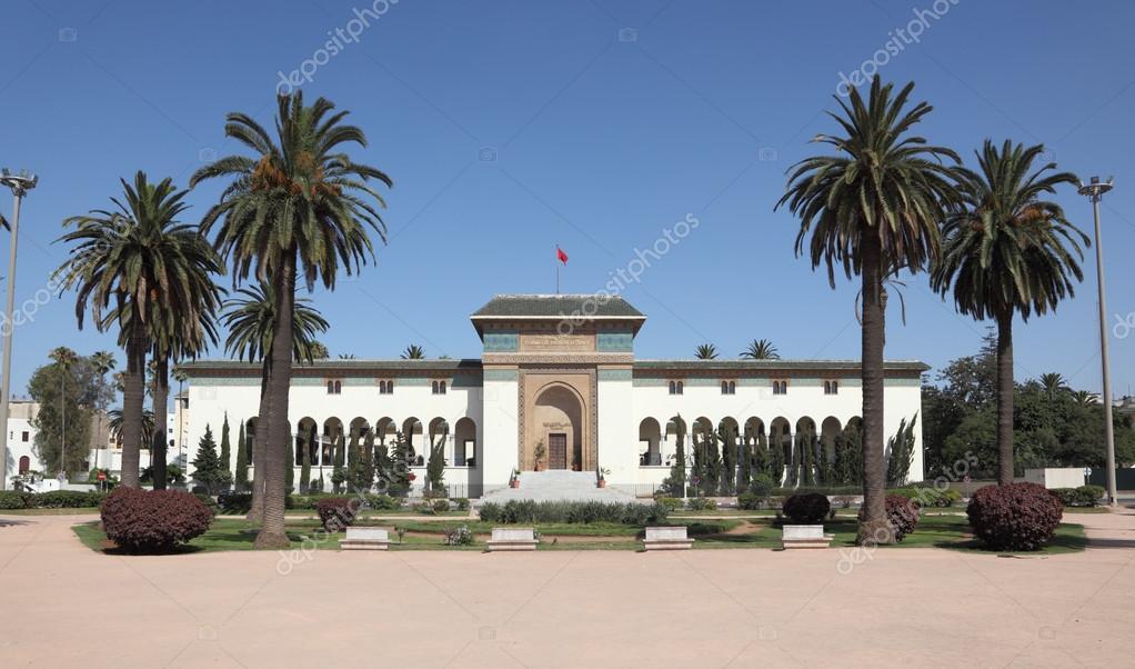 政府の建物、カサブランカ、モロッコ、北アフリカ\u2014 Photo by philipus