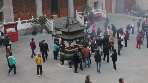Jing'an templo en Shangai, china — Vídeo de stock