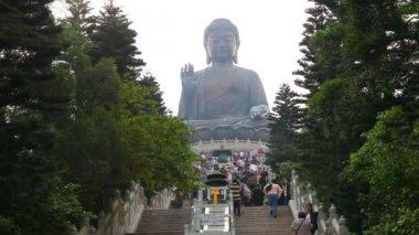 Tian Tan Buddha in Hong Kong. — Stock Video