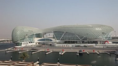 Yas Marina Hotel in Abu Dhabi — Stock Video
