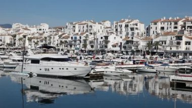 Luxury yachts in the marina of Marbella, Spain — Stock Video