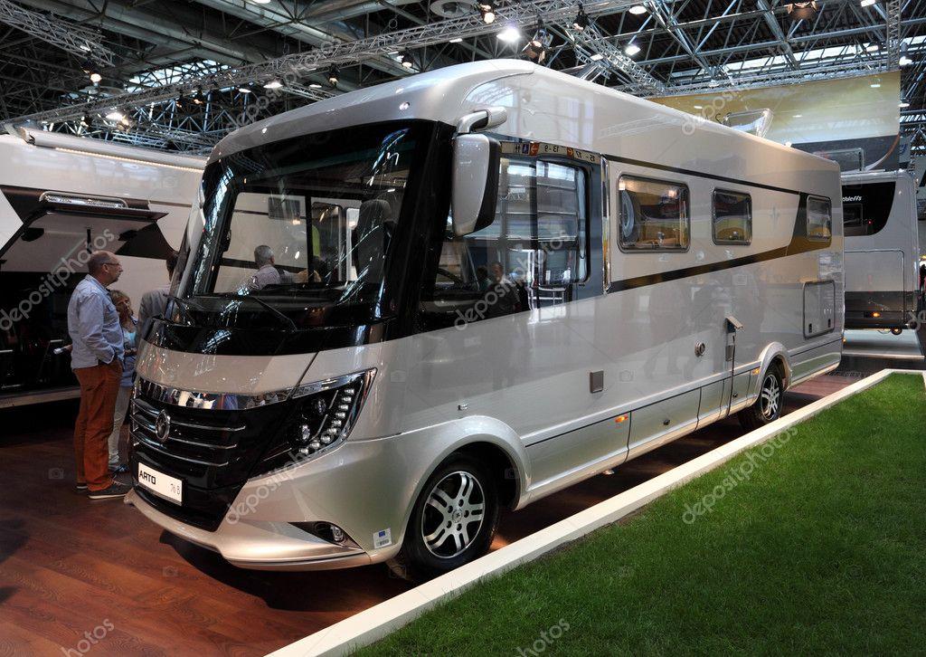dusseldorf 4 septembre luxe arto camping car lexposition de salon de caravane 2013 le 4. Black Bedroom Furniture Sets. Home Design Ideas