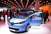International Motor Show in Frankfurt, Germany. Renault ZOE Electric Car at the 65th IAA in Frankfurt, Germany on September 17, 2013 — Stock Photo