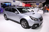 International Motor Show in Frankfurt, Germany. Subaru Outback SUV at the 65th IAA in Frankfurt, Germany on September 17, 2013 — Stock Photo