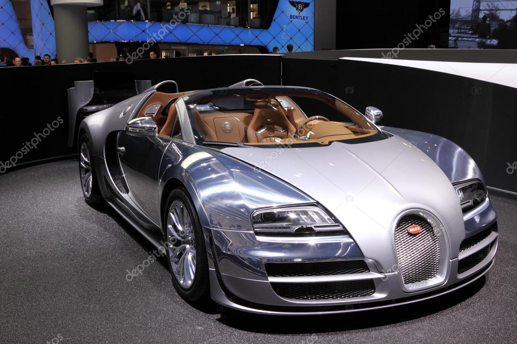 international motor show in frankfurt germany new luxury bugatti veyron at. Black Bedroom Furniture Sets. Home Design Ideas