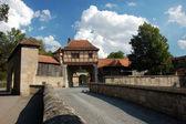 Porte d'entrée dans la ville médiévale de bavière rothenburg ob der tauber, allemagne — Photo