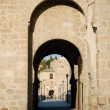 Gate into the old town of Toledo, Spain — Foto de Stock