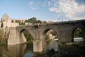 Bridge over the Tagus river in Toledo, Spain — Stock Photo