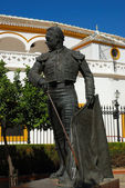 Bronze Statue of famous bullfighter in Sevilla, Spain — Stock Photo