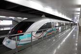 Maglev-Zug an der Station Flughafen in shanghai, china — Stockfoto