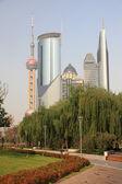 Les immeubles de grande hauteur à pudong, shanghai, chine — Photo