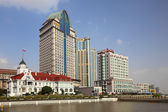 Buildings at the Huangpu river in Shanghai, China — Stock Photo