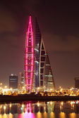 Bahrain World Trade Center Skyscraper at night. Manama, Middle East — Stock Photo