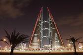 Bahrain World Trade Center Skyscraper at night. Manama, Middle East — Stock Photo