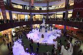 Christmas Decoration inside of the Dubai Mall. United Arab Emirates — Stock Photo