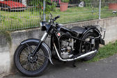 Historic BMW R35 motorcycle from ca. 1940 — Stock Photo