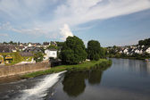 Lahn River in town Runkel in Hesse, Germany — Stockfoto