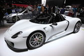 LEIPZIG, GERMANY - JUNE 1: Porsche Hybrid sportscar at the AMI - Auto Mobile International Trade Fair on June 1st, 2014 in Leipzig, Germany — Stock Photo