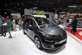 LEIPZIG, GERMANY - JUNE 1: New Citroen Grand C4 Picasso at the AMI - Auto Mobile International Trade Fair on June 1st, 2014 in Leipzig, Saxony, Germany — Foto Stock