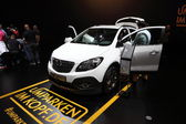 LEIPZIG, GERMANY - JUNE 1: Opel Mokka SUV at the AMI - Auto Mobile International Trade Fair on June 1st, 2014 in Leipzig, Saxony, Germany — Foto Stock