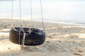 Beach tire swing — Stock Photo