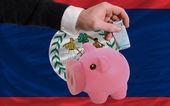 Finansowania euro w bogaty piggy bank narodowy flaga belize — Zdjęcie stockowe
