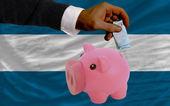 Financiación euro alcancía ricos banco bandera nacional de el salvador — Foto de Stock