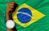 スポーツやブラジルの国旗のための銀メダル — ストック写真