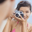 Asian Chinese Woman Girl With Retro Camera — Stock Photo