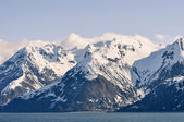 Snow Caped Mountains and the Sea — Stock Photo