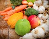 Healthy eating - organic food — Stock Photo
