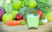 Green smoothie - green juice — Stock Photo