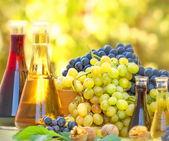 Autumn fruit and wine — Stock Photo