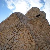 La Pedrera 100 Years: Chimney mosaic — Stockfoto