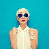 Módní portrét smyslné stylová holka — Stock fotografie