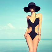 Portrait of the sensual girl on vacation — Stock Photo