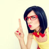 смешно портрет серьезным девушки — Стоковое фото