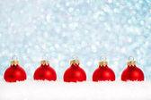 κόκκινες μπάλες χριστούγεννα — Φωτογραφία Αρχείου