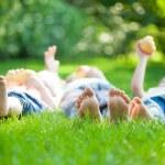 Family having picnic — Stock Photo