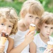 Girls eating ice-cream — Stock Photo