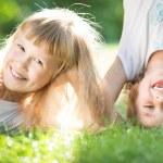 Дети веселятся — Стоковое фото