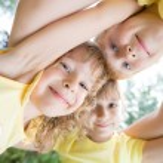 Low angle view portrait of happy children — Stock Photo