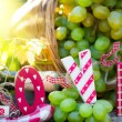 Bunch of white grapes in basket — Stock Photo