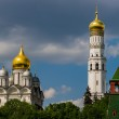 Archangel cathedral and Ivan the Great bell tower of Moscow Krem — Stock Photo #23113164