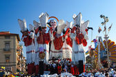 VIAREGGIO, ITALY - FEBRUARY 19: allegorical float of prime minister of the European Community at Viareggio Carnival held February 19, 2012 — Stock Photo